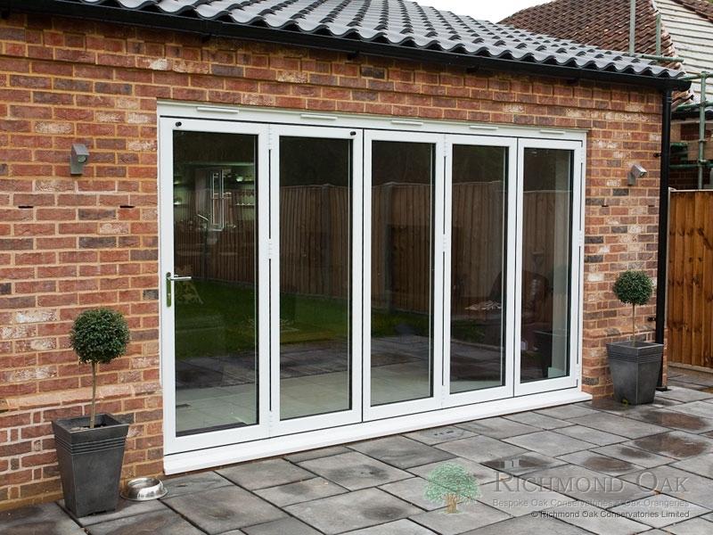 Hallmark-Aluminium-bifold doors external closed