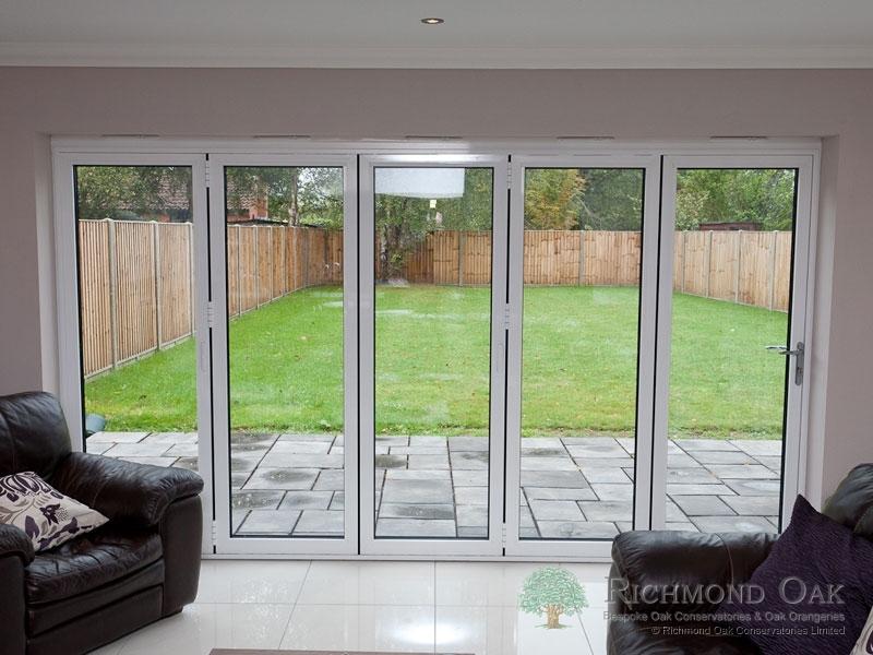 Hallmark-Aluminium-bifold doors internal
