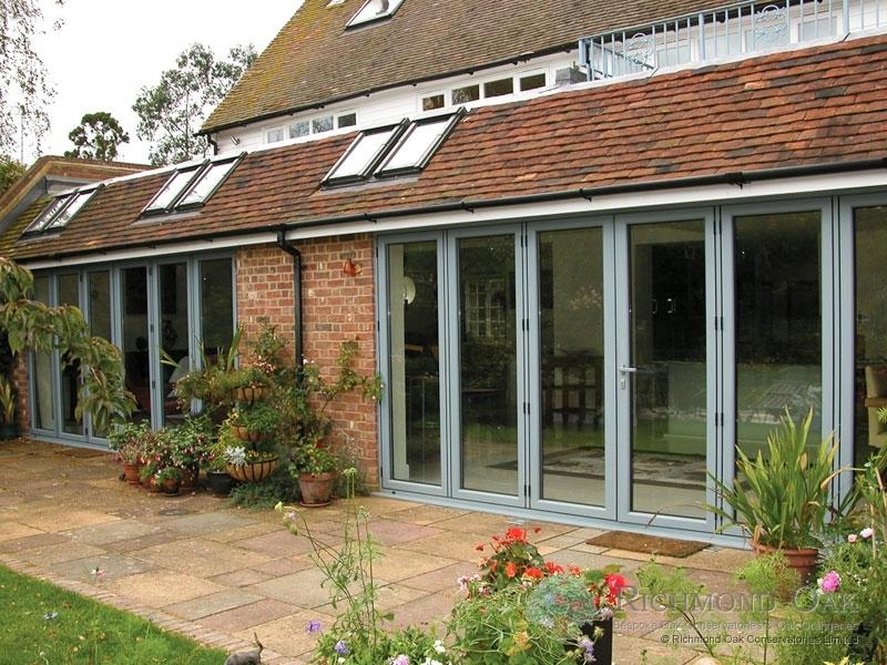 Hallmark-Garden Room with Aluminium-bifold doors external closed_Green