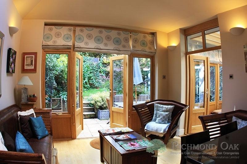 01_Charalambous_Oak_Orangery_internal_from_kitchen_copy-203
