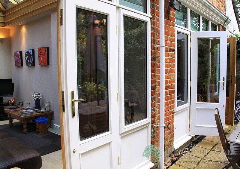 06_Charalambous_Oak_Orangery_outside_along_rear-212